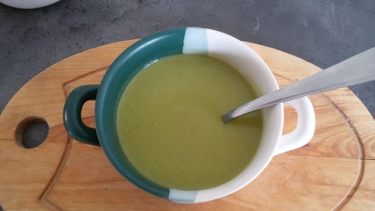 Polévka hrášková